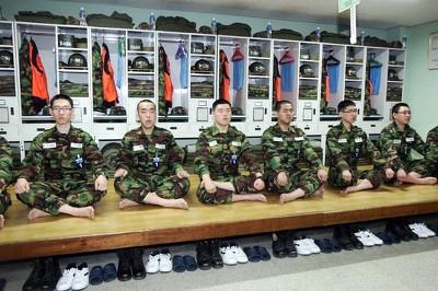 육군훈련소 생활관에 대한 이미지 검색결과 육군훈련소 가장 현타올때