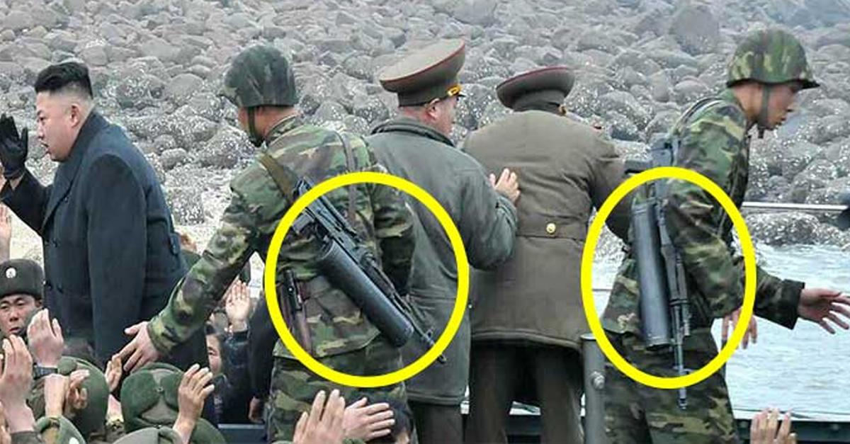 김정은 '경호부대원들'이 꼭 가지고 다닌다는 총