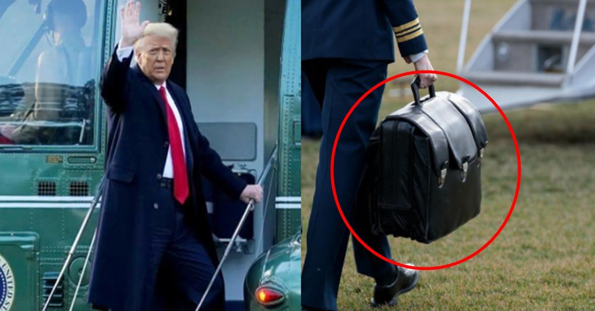 """""""속보입니다. 트럼프 퇴임하면서 핵가방 들고 튀었습니다"""""""